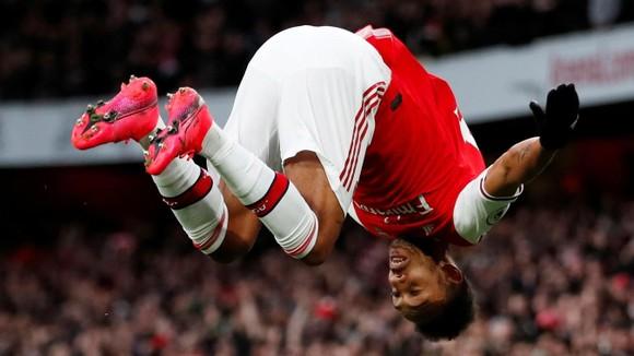 Arsenal - Everton 3-2: Aubameyang ghi cú đúp giúp Pháo thủ ngược dòng ảnh 7