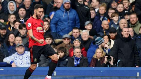Everton - Man United 1-1: De Gea tặng quà, Bruno lại tỏa sáng  ảnh 4