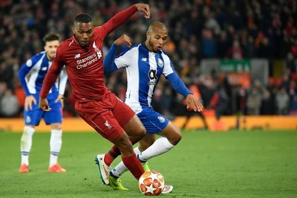 Cựu sao Liverpool bị treo giò vì cá cược bất hợp pháp, CLB Trabzonspor cắt hợp đồng ảnh 1