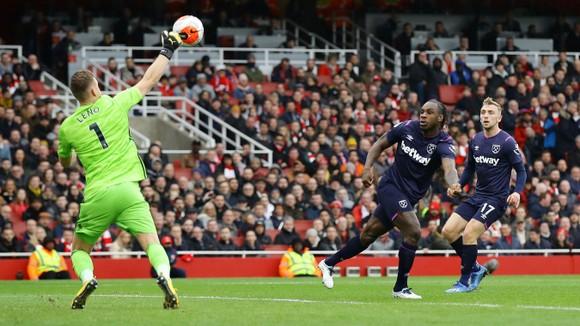Arsenal - West Ham 1-0: Lacazette lập công đưa Pháo thủ lên thứ 9 ảnh 7
