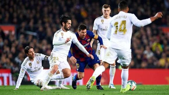 Cách ly toàn đội Real Madrid vì Covid-19, La Liga đình hoãn trong 2 tuần