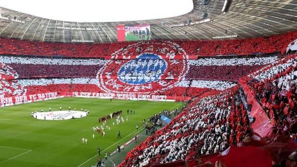 Bundesliga cuối cùng cũng phải đình hoãn