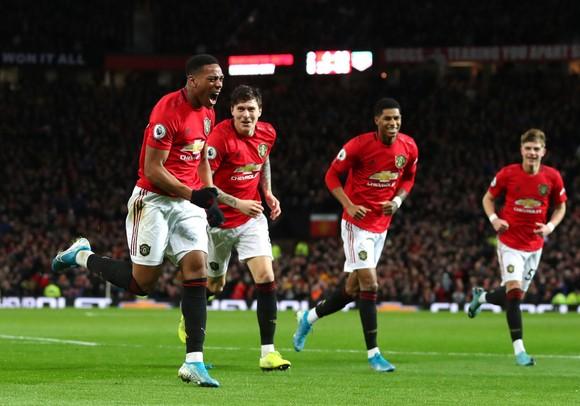 Chấn thương kỳ lạ của các ngôi sao Manchester United