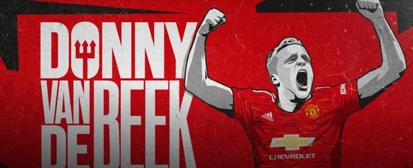 Manchester United chính thức ký với Donny van de Beek, fan Quỷ đỏ buồn vui lẫn lộn ảnh 1