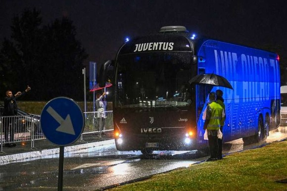 Juventus được xử thắng 3-0? ảnh 1