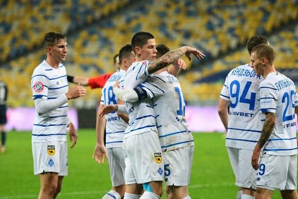 Dynamo Kiev sẽ thiếu đến 9 cầu thủ đội 1 khi gặp Barcelona