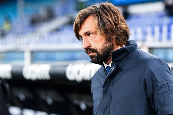 HLV Andrea Pirlo nổi giận khi Morata bỏ qua cơ hội ghi bàn ăn chắc