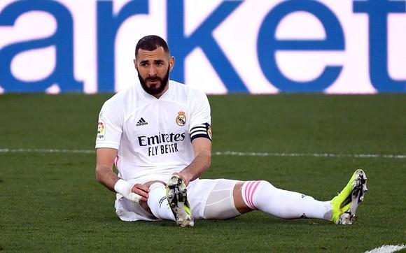 Benzema bỏ lỡ trận Atalanta, Real Madrid chấp nửa đội hình, đặt mục tiêu 'sống sót trở về' ảnh 1