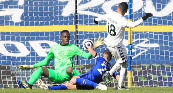 Mendy xuất thần giúp Thomas Tuchel bất bại 10 trận ở Chelsea  ảnh 1