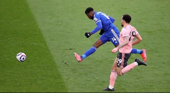 Iheanacho ghi hat-trick giúp Leicester nhấn chìm Sheffield United ảnh 3