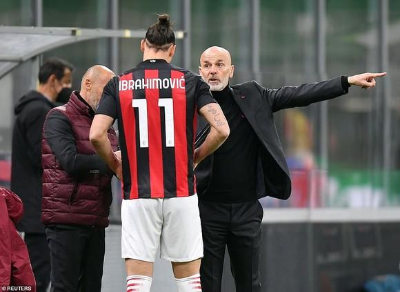 Dù AC Milan thua Manchester United, Ibrahimovic có lý do để lạc quan