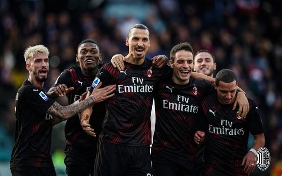 Ibra đã truyền cảm hứng cho Milan bùng nổ