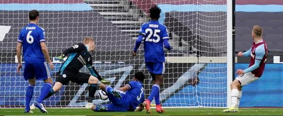 Jesse Lingard ghi cú đúp, đưa West Ham qua mặt Chelsea chiếm ngôi thứ 4 ảnh 1