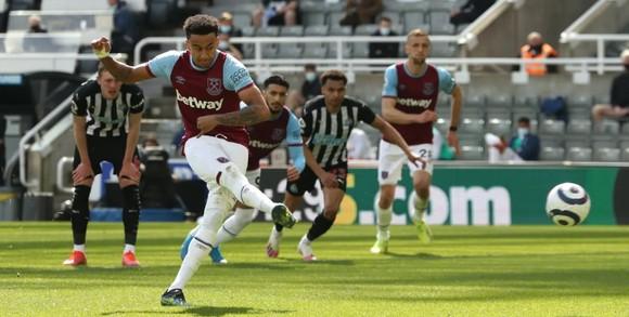 Thua đau Newcastle, West Ham nguy cơ văng khỏi tốp 4 ảnh 4