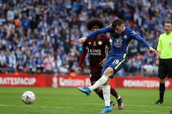 Tielemans nhấn chìm Chelsea, giúp Leicester City lần đầu thắng cúp FA ảnh 1