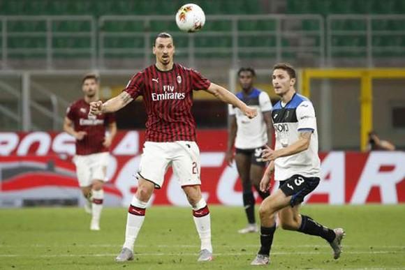 Vằng Ibrahimovic là tổn thất lớn với AC Milan