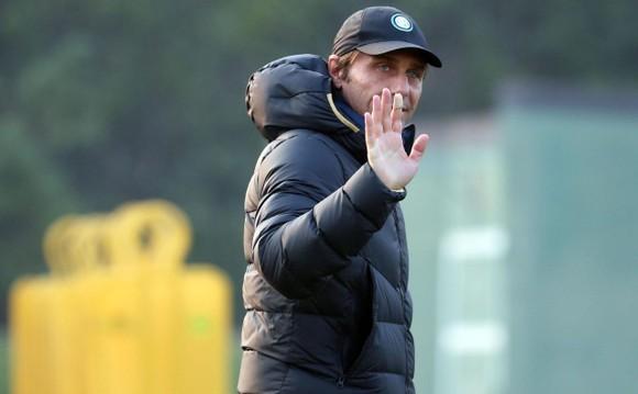 Antonio Conte đã quyết định rời Inter