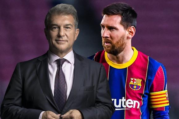 Chủ tịch Laporta nỗ lực thuyết phục Messi ở lại