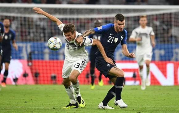 Pháp, Bồ Đào Nha và Đức đi tiếp, Hungary vô vọng ảnh 1