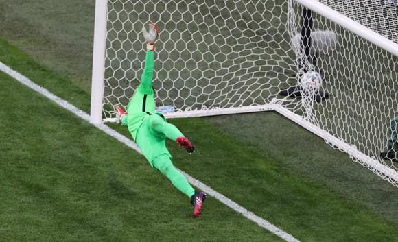 Ba Lan – Slovakia 1-2: Lewandowski mất dạng, Milan Skriniar nhấn chìm 10 cầu thủ Ba Lan ảnh 5