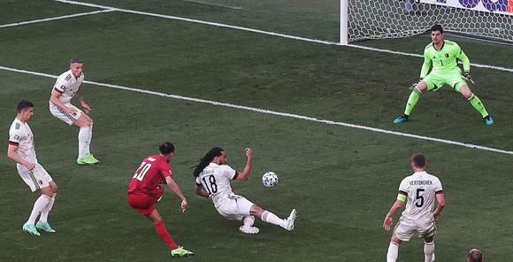 Đan Mạch – Bỉ 1-2, Quỷ đỏ ngược dòng khi Hazard và De Bruyne xuất trận ảnh 1