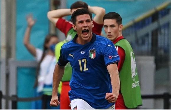 Italia – Xứ Wales 1-0: Verratti và Chiesa tỏa sáng ảnh 4