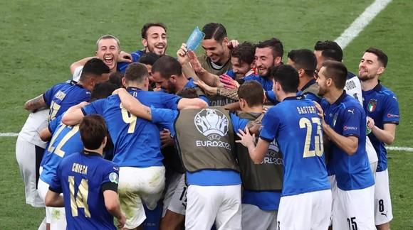 Mancini sẽ biến Wembley thành sân nhà của Azzurri  
