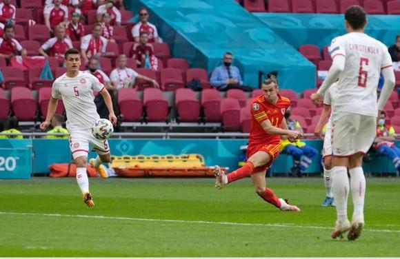 Xứ Wales – Đan Mạch 0-4, Kasper Dolberg viết tiếp giấc mơ cùa Lính chì ảnh 2