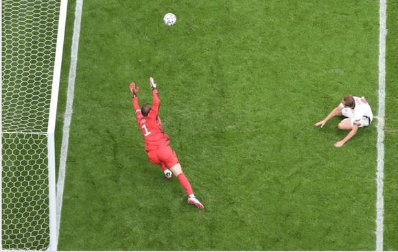 Anh – Đức 2-0: Sư tử gầm vang ở Wembley, Sterling và Kane nhấn chìm tuyển Đức ảnh 3