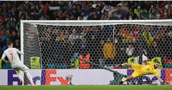 Italia – Tây Ban Nha 1-1 (4-2 luân lưu) Morata từ người hùng thành tội đồ, chân sáo Jorginho đưa Azzurri vào chung kết ảnh 6