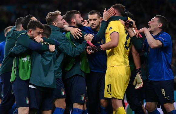 Tây Ban Nha mang tiki taka trở lại nhưng Italia thắng xứng đáng ảnh 3