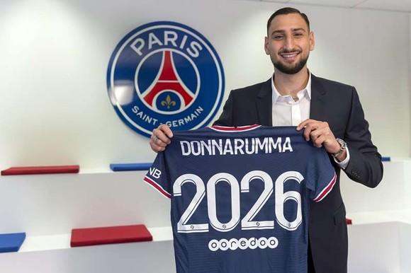 """Gianluigi Donnarumma ký hợp đồng 5 năm với PSG: """"Tôi đến đây để hoàn thiện mình"""" ảnh 1"""