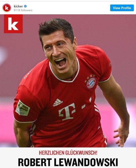 Lewandowski đoạt giải Cầu thủ xuất sắc nhất nước Đức năm 2021 ảnh 1