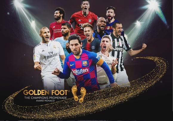 10 ừng viên giải thưởng Bàn chân vàng thứ 19