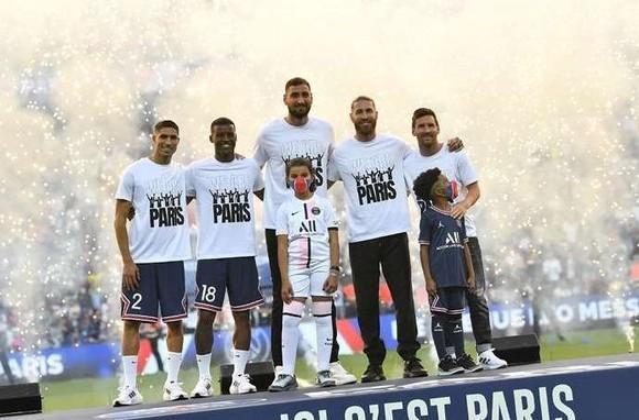 Thierry Henry nêu điểm yếu quan trọng mà Messi & PSG phải khắc phục ảnh 1