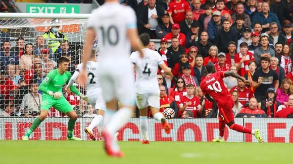 Liverpool - Burnley 2-0: Diogo Jota và Sadio Mane ghi dấu ấn ảnh 2