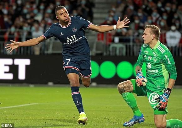 Kylian Mbappe ăn mừng bàn thắng đầu tiên ở mùa giải mới