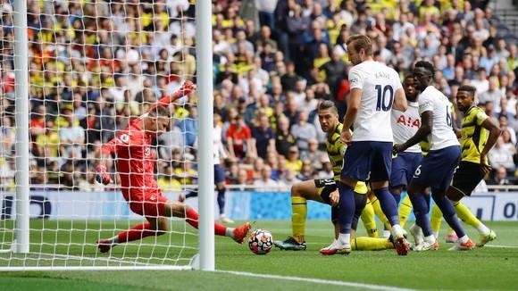 Tottenham – Watford 1-0: Harry Kane trở lại nhưng Son Heung-min mới là người hùng ảnh 4