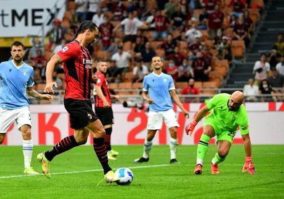 Ibrahimovic ghi bàn giúp Milan đánh bại Lazio