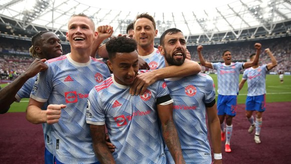 West Ham – Man United 1-2: Ronaldo mở điểm, Lingard khóa đuôi, nhưng De Gea  mới là người hùng ảnh 4