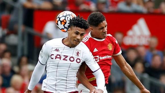 Man United – Aston Villa 0-1: Bruno Fernandes sút hỏng phạt đền khiến Quỷ đỏ thua sốc ảnh 2