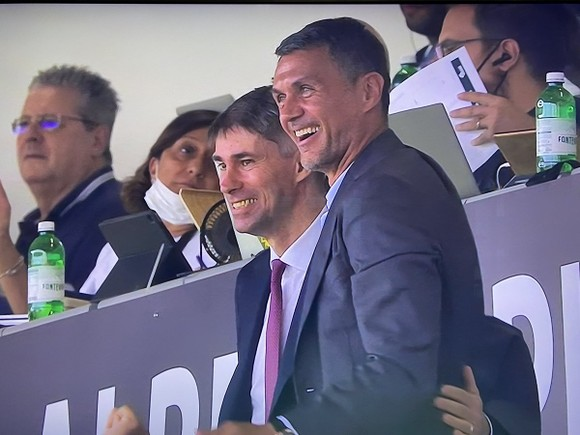 """Daniel Maldini: """"Cha tôi luôn đòi hỏi, nhưng luôn đúng mực"""" ảnh 1"""