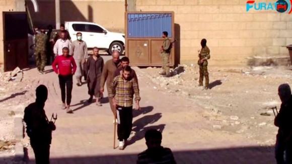 Thành phố Raqqa đã được giải phóng hoàn toàn khỏi IS ảnh 1