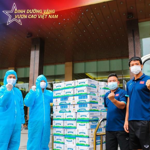 Tăng cường bổ sung dinh dưỡng cho đội tuyển Việt Nam tại vòng loại World Cup 2022 ảnh 1
