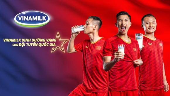 Với nguồn dinh dưỡng vàng từ Vinamilk, Đội tuyển Việt Nam một lần nữa chứng minh thể lực và phong độ vững chắc bằng chiến thắng trước tuyển Indonesia