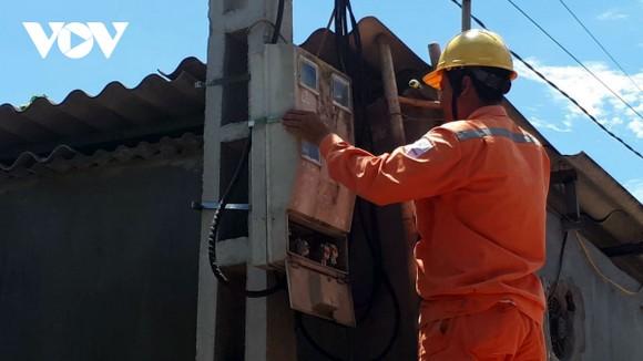 Người dân mong đợi nguồn điện ổn định, giá điện giảm.