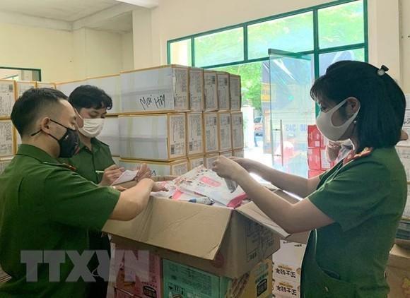 Hà Nội mở đợt thanh tra, kiểm tra an toàn thực phẩm phục vụ dịp Tết