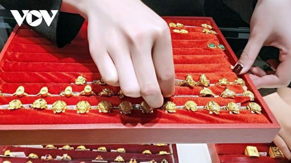 Giá vàng trong nước duy trì ở mức 55,25 triệu đồng/lượng.