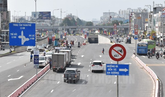 TPHCM: Năm 2021 khởi công nhiều dự án hạ tầng giao thông