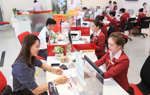 HDBank giảm lãi suất đồng hành cùng khách hàng chống dịch